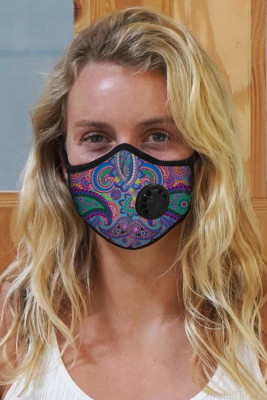 Lila bedruckte Aktivkohle-Maske mit Ausatemventil