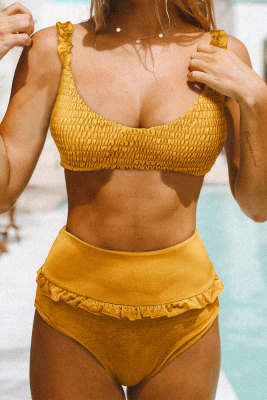 Желтый бикини с высокой талией