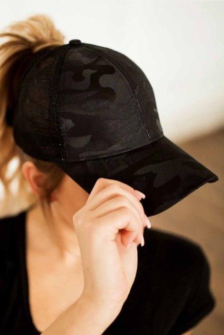 قبعة بيسبول عادية قابلة للتنفس قابلة للتنفس بشبكة سوداء