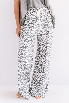 Pantaloni larghi con stampa leopardata