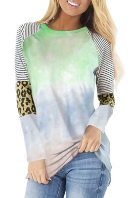 Top vert à manches longues rayé et léopard tie-dye