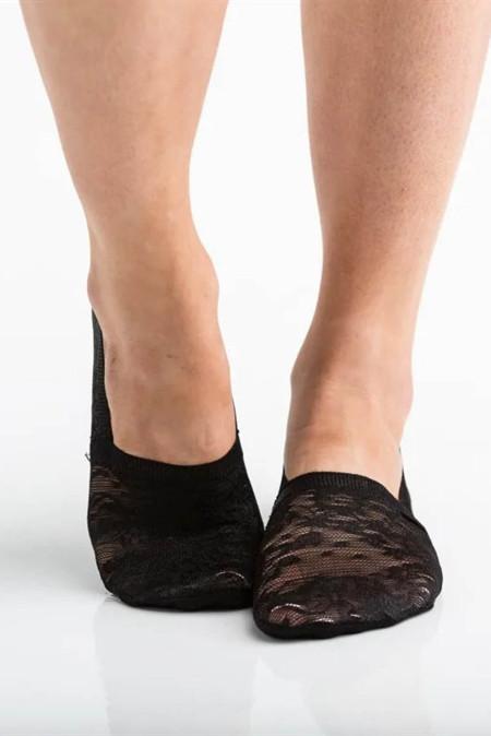جوارب سنيكرز دانتيل زهرية سوداء اللون
