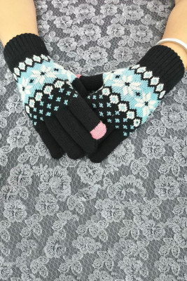 Zimowe, ciepłe, dzianinowe rękawiczki z czarnym nadrukiem