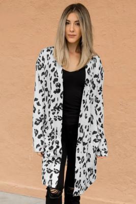 Cárdigan de bolsillo delantero abierto con estampado de leopardo blanco
