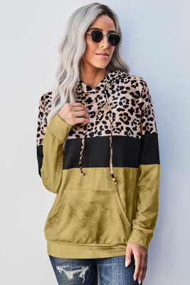 Sudadera con capucha de color block con efecto tie dye de leopardo amarilla