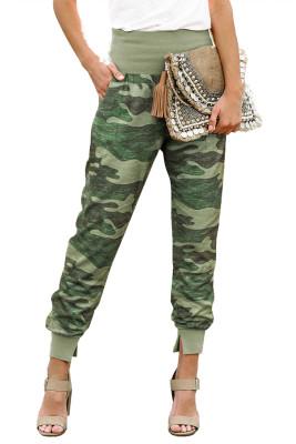 Pantaloni casual tascabili mimetici verdi con spacco
