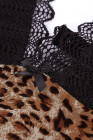 Body de encaje con escote en V profundo y estampado de leopardo