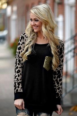 Top de manga larga con lentejuelas y cuello redondo de leopardo
