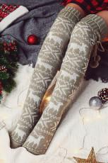 Серые вязаные носки выше колена в виде рождественского лося
