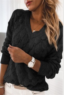 Черный вязаный свитер с V-образным вырезом и длинным рукавом с перьями
