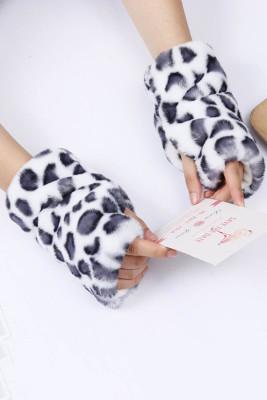 Białe ciepłe rękawiczki bez palców z nadrukiem ze sztucznego futra