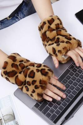 قفازات بدون أصابع دافئة بطبعات جلد الفهد الكاكي