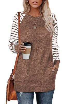 Braunes gestreiftes Raglanärmel-Sweatshirt mit Taschen
