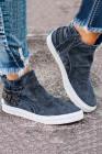 تصميم سهل الارتداء باللون الأزرق مع حذاء رياضي للإغلاق بسحاب جانبي