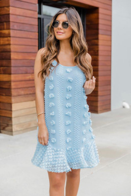 Mini vestido tirantes finos con volantes jacquard azul claro