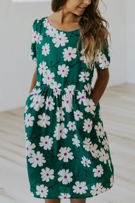 Vestido verde con estampado floral y cintura elástica para niñas pequeñas