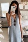 فستان ماكسي فضفاض بدون أكمام بياقة على شكل V رمادي اللون