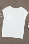 Бежевая футболка с карманами и разрезами по бокам