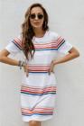 Minivestido tipo camiseta con cuello redondo y estampado de rayas