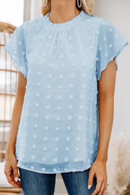 Голубые футболки с оборками на рукавах в швейцарский горошек
