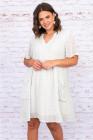 الأبيض الخامس الرقبة بوم بوم نمط قصير الأكمام فستان قصير Flowy