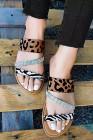 صندل مسطح بطبعات جلد الفهد