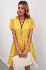 Mini vestido de lunares con cuello en V y volantes de manga corta amarillo